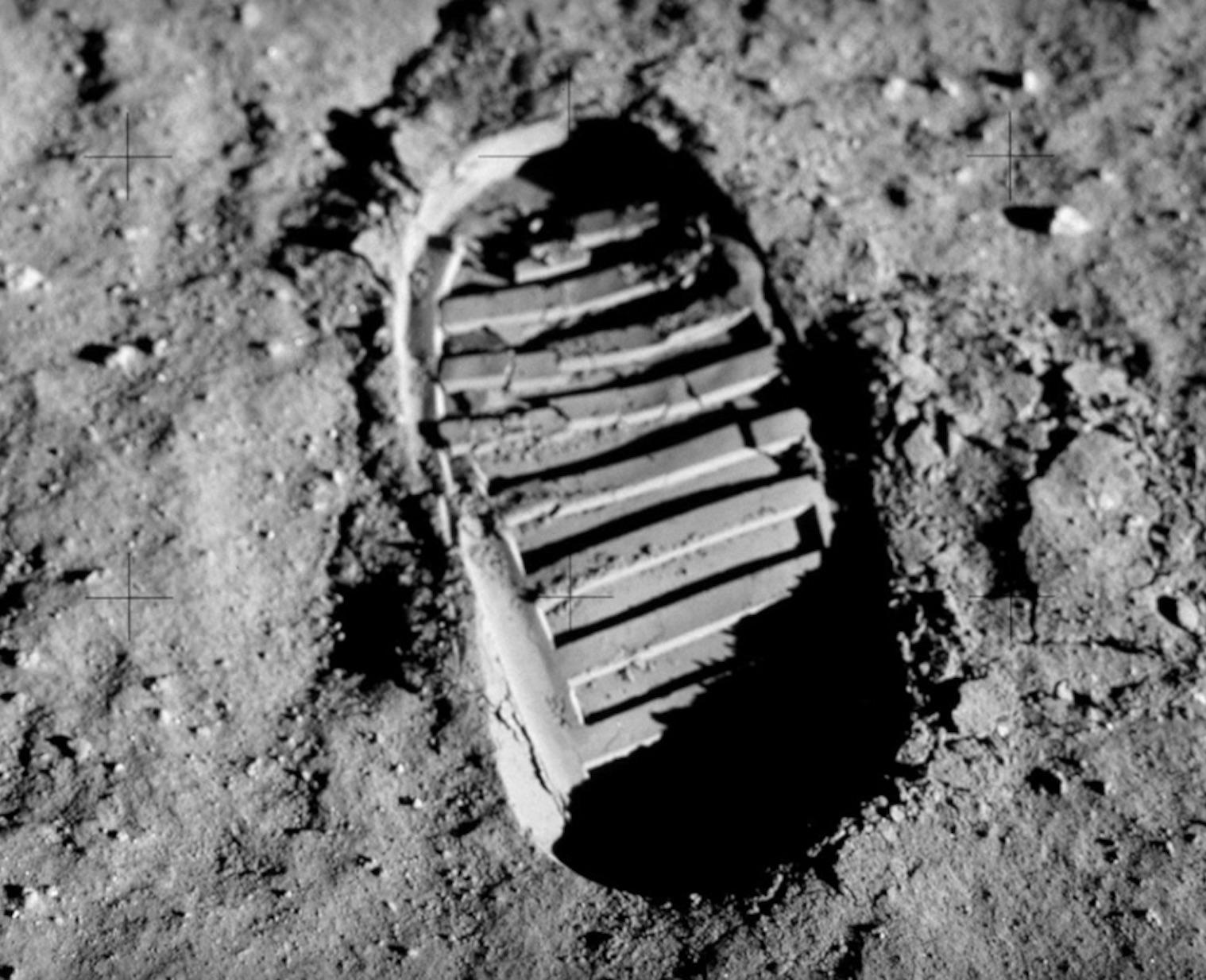 iseo-moon-lostkey-1